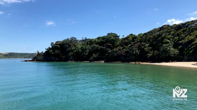 Vivian Bay